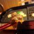 自宅で鉄板焼きは最高!おすすめ食材や鉄板プレートをご紹介します。